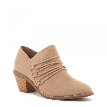 Becan Ankle Bootie Shoe