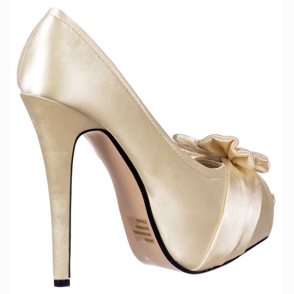 Remarkable Ivory Satin Wedding Shoes 1000 x 1000 · 82 kB · jpeg
