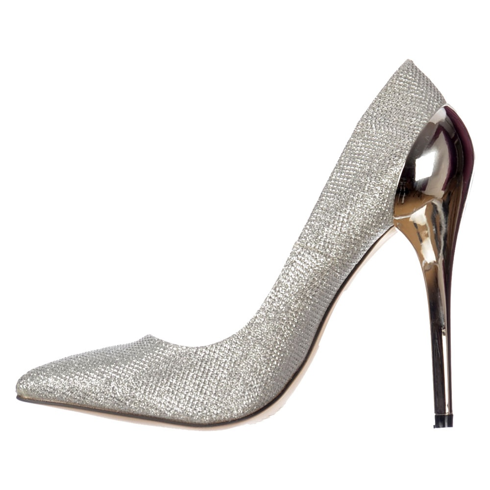 Party Shoes. There's nothing quite like footwear to really pull an ensemble together. Party shoes have this talent down to a tee. Full of style and fun, shoes of this type are attention getting and eye-catching in ways that ordinary footwear just can't match.