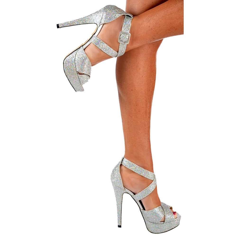 Celebrity inspired high street fashion – a one stop shop for all the latest footwear trends at budget prices. Free UK delivery on all orders.